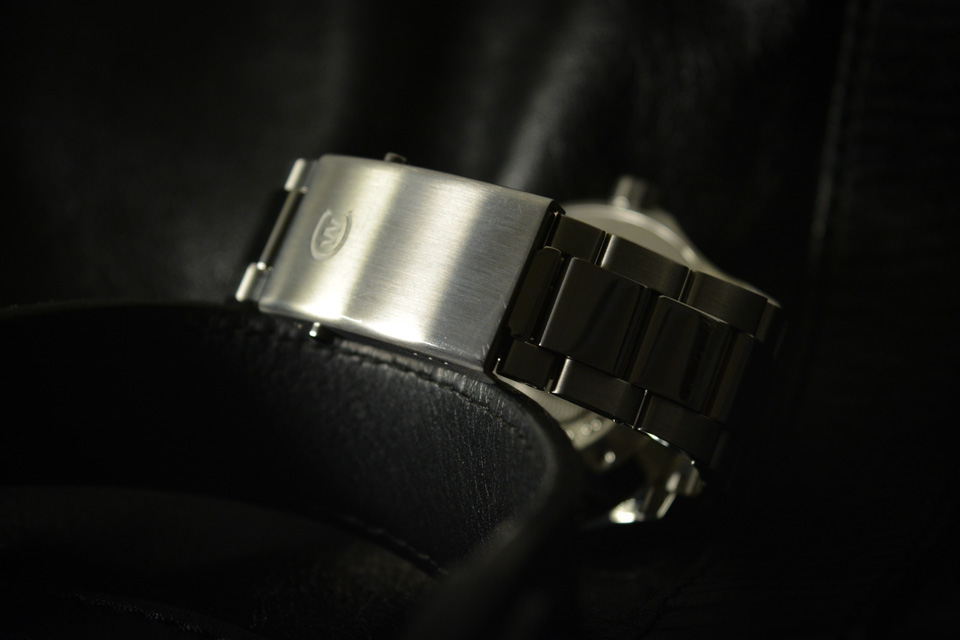 Montre-C60-TRIDENT-GMT-600-42mm-13
