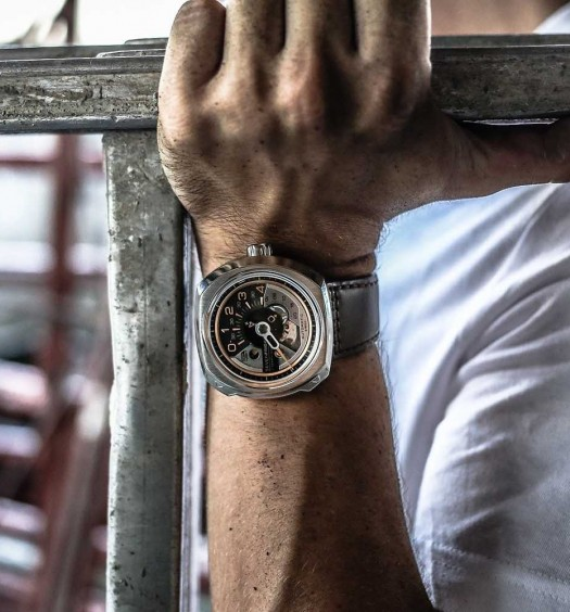 Montre-SevenFriday-V-Series-Couverture