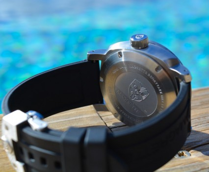 Montre-Magrette-Regattare-Tiki-11