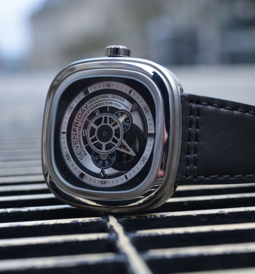 Montre-Automatique-SevenFriday-P1B-00