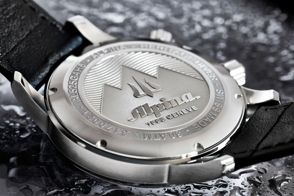 Montre-Alpina-Seastrong-Diver-Heritage-7