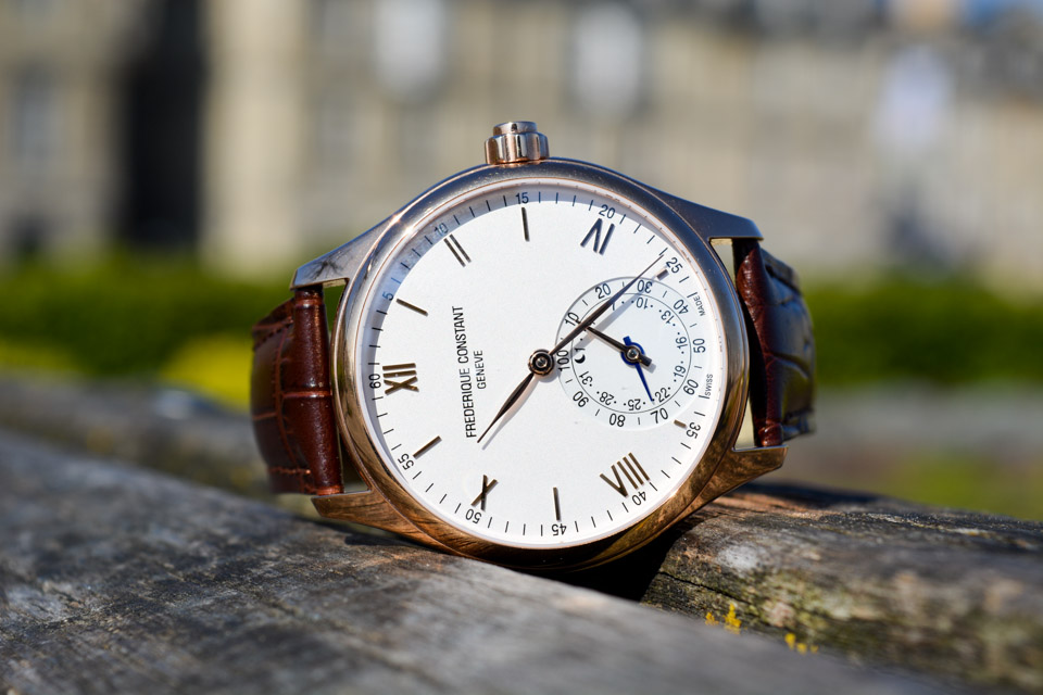 Montre-Frederique-Constant-Horological-Smartwatch-1