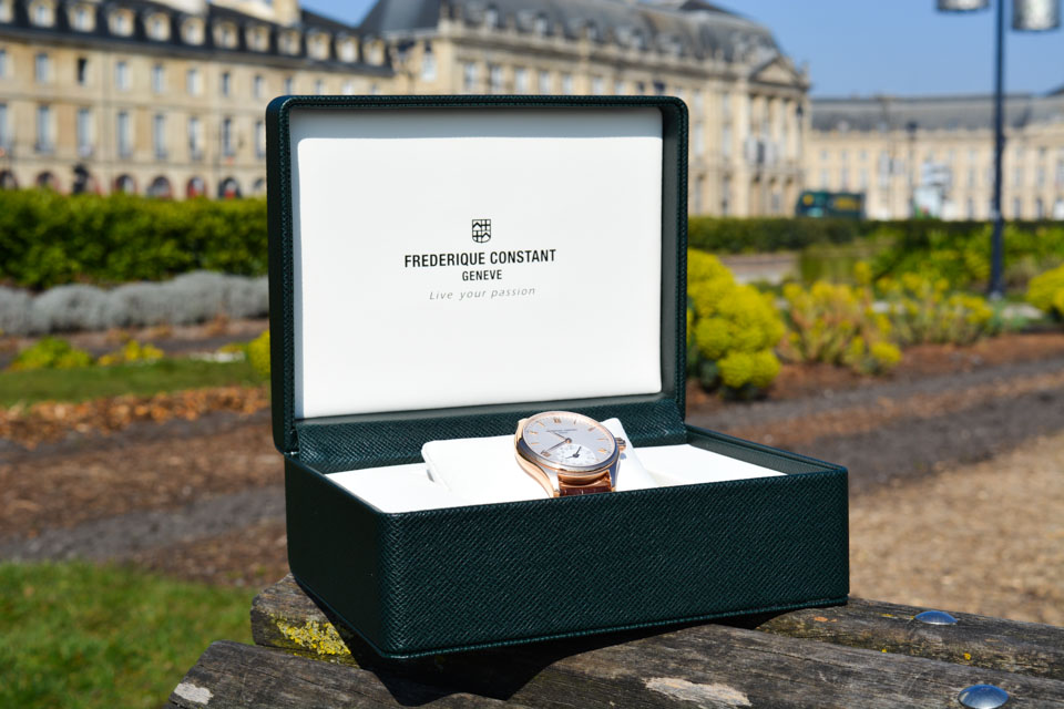 Montre-Frederique-Constant-Horological-Smartwatch-17