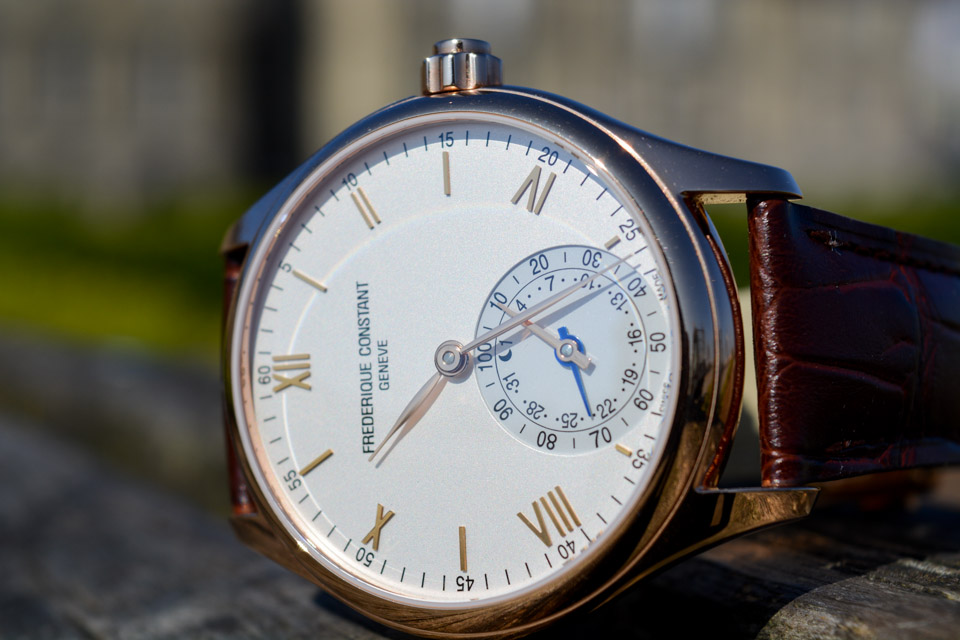 Montre-Frederique-Constant-Horological-Smartwatch-2