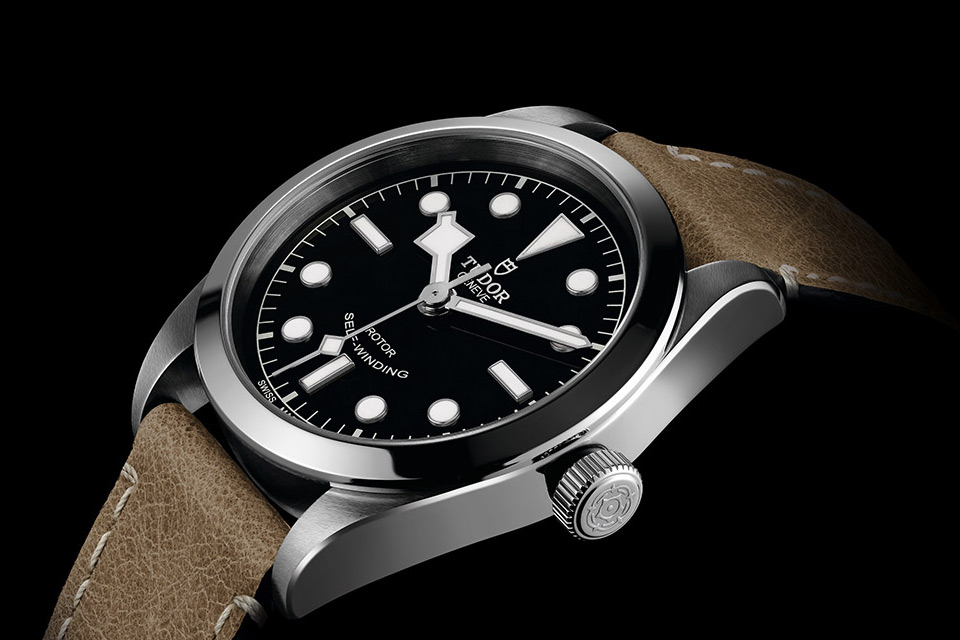 Montre-Tudor-Heritage-Black-Bay-36-11