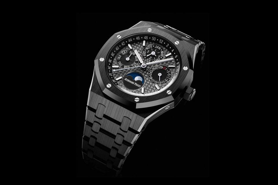 SIHH-Audemars-Piguet-Royal-Oak-Perpetual-Calendar-Black-Ceramic-1