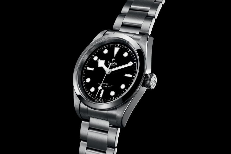 Montre-Tudor-Heritage-Black-Bay-41-1