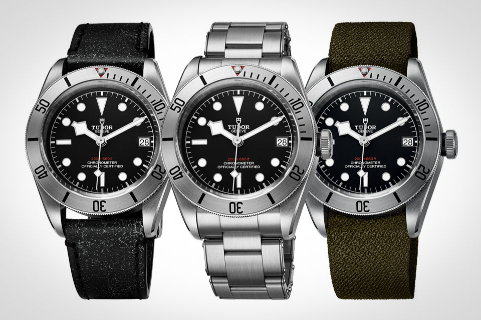 Montre-Tudor-Heritage-Black-Bay-Steel-6